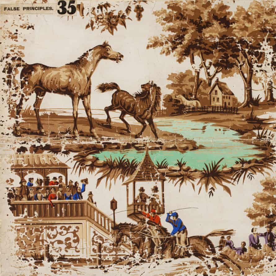 The horse-pattern wallpaper from the exhibition.