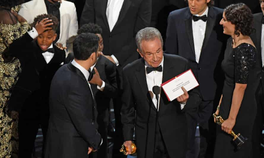 Warren Beatty shows the true best picture winner at the 89th Oscars on Sunday in Hollywood, California.