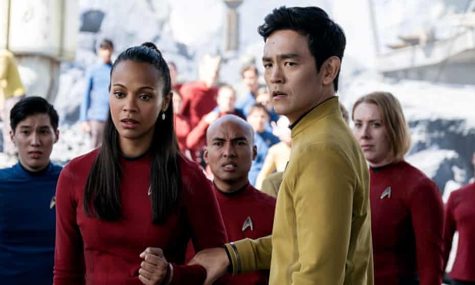 Zoe Saldana and John Cho in Star Trek Beyond.