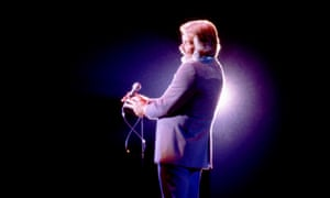 Kenny Rogers performing in Michigan in 1981.
