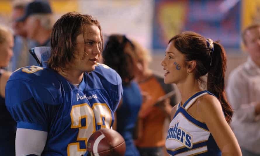 Tim Riggins (Taylor Kitsch) and Lyla Garrity (Minka Kelly) in Friday Night Lights