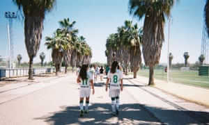 Chile defender Fernanda Pinilla captures her Córdoba CF teammates walking on to their home pitch