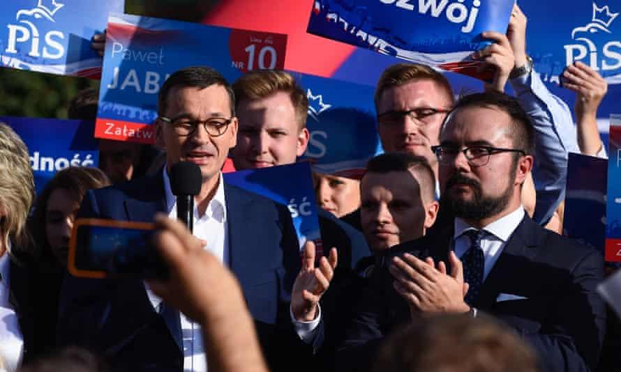 Poland's prime minister, Mateusz Morawiecki, at a PiS campaign event