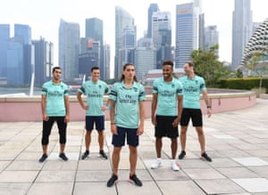 Henrikh Mkhitaryan, Mesut Özil, Héctor Bellerín, Pierre-Emerick Aubameyang and Petr Cech unveil the club's third kit in Singapore.