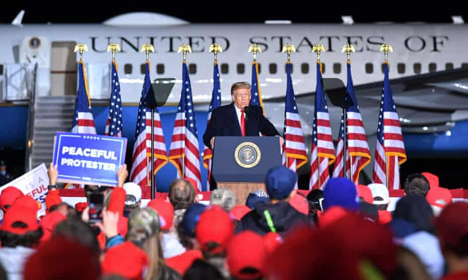 Donald Trump speaks to supporters at an event in Mosinee, Wisconsin on Thursday.