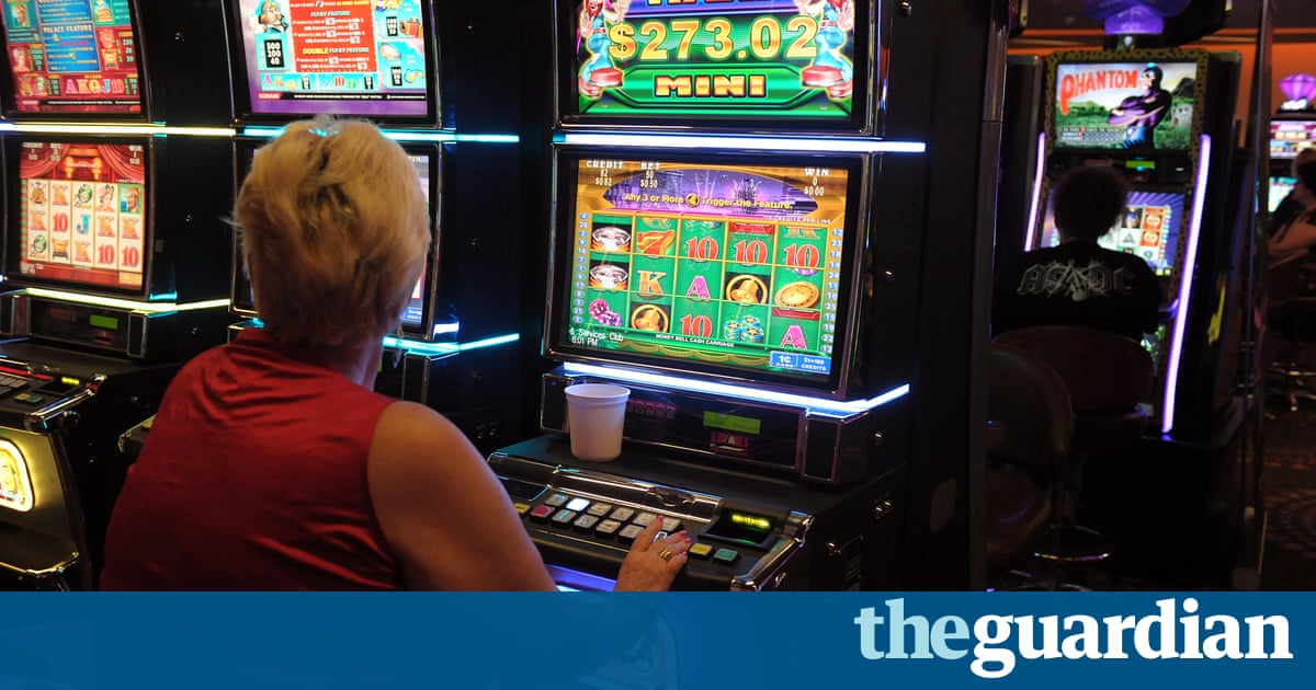 Scrapping pokies in Tasmania could 'risk hundreds of jobs'