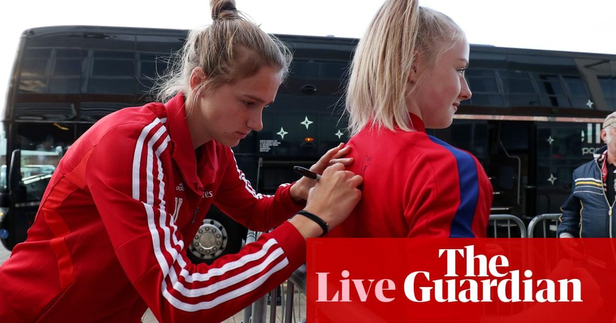 Manchester United v Arsenal: Womens Super League – live!