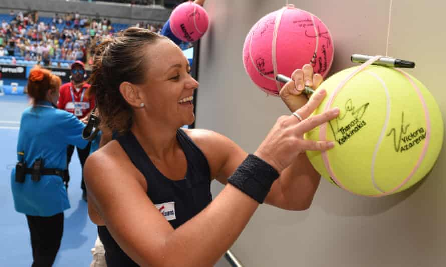 Lingering effects from a concussion suffered more than six months ago have forced Casey Dellacqua to step away from tennis.