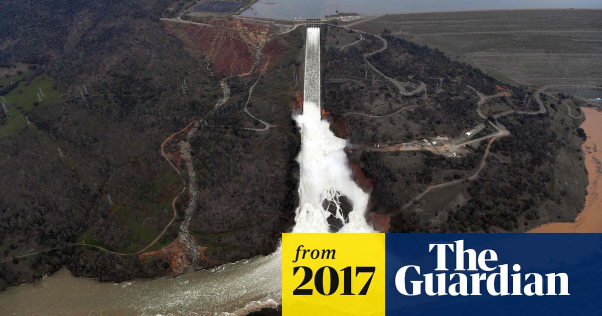 Oroville dam: authorities lift evacuation order for nearly 200,000