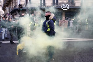 A yellow vest amid the yellow smoke