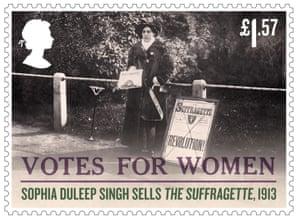 Sophia Duleep Singh sells copies of The Suffragette, 1913
