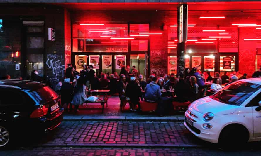 Diners outside trendy Kreuzberg restaurant Kimchi Princess.