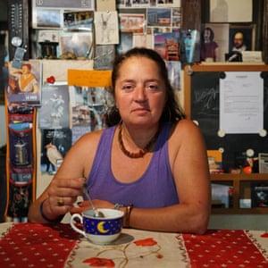 Eva Schakmundès, 53.