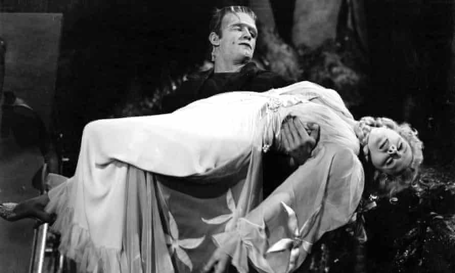 Bela Lugosi and Ilona Massey in Frankenstein Meets Wolf Man.