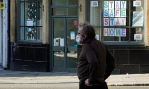 A man in Edinburgh wearing a face mask
