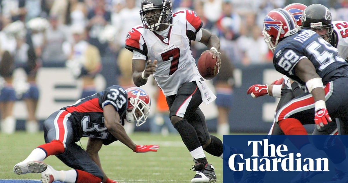 3bbe1d77c22 Michael Vick officially announces retirement from NFL after 13 seasons