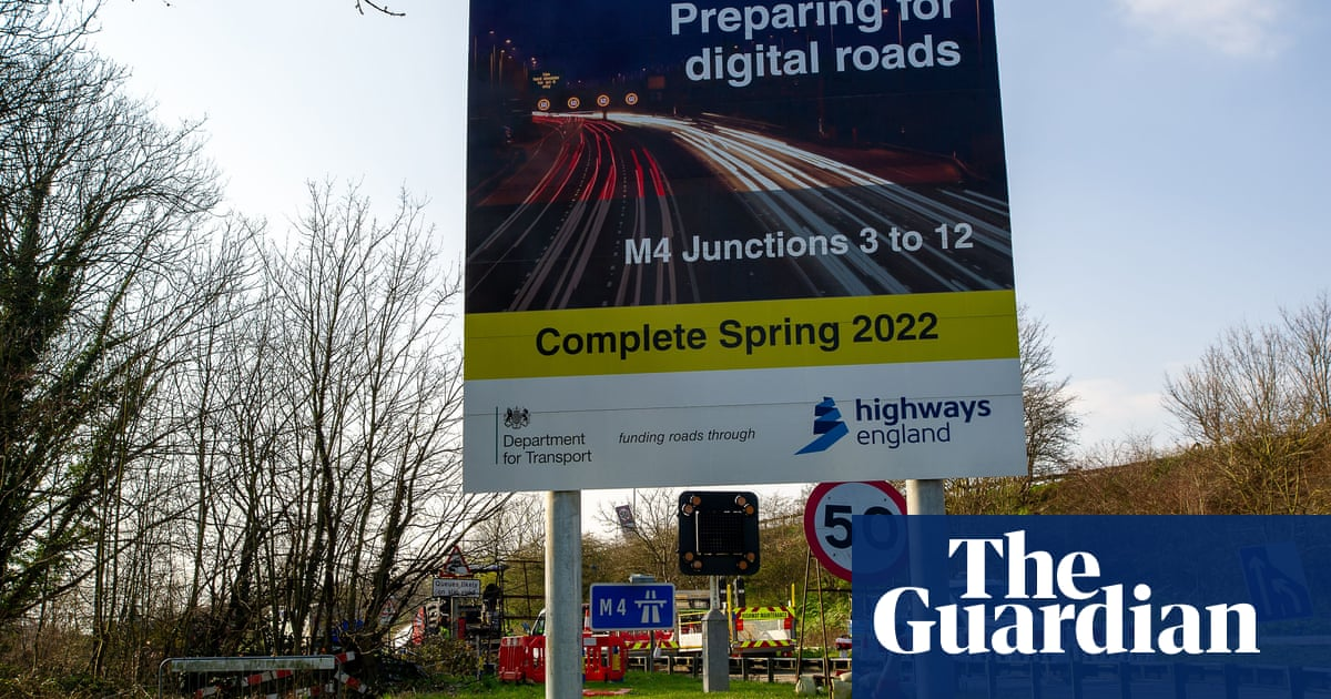 Government promises radar on UK smart motorways to detect stopped vehicles