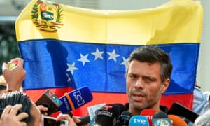 Leopoldo López speaks to the media