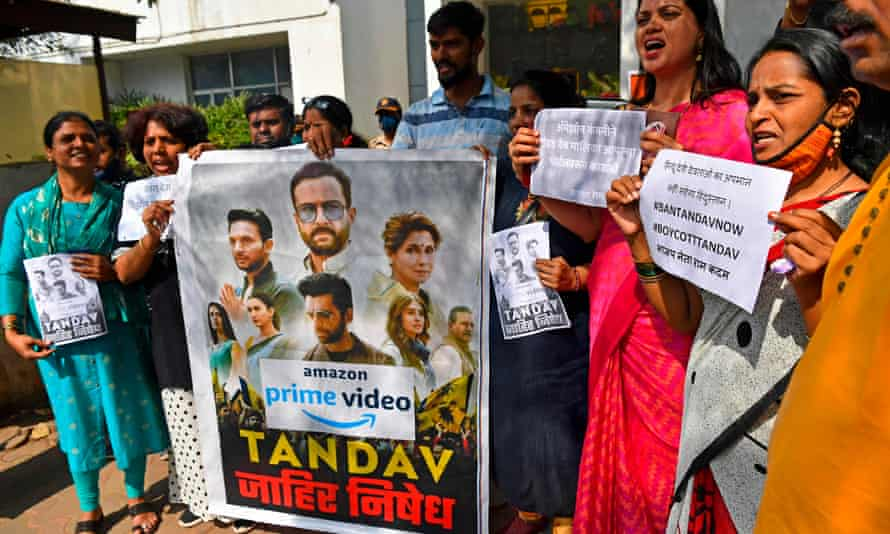 Supporters of India's ruling Bharatiya Janata party in Mumbai take part in a protest against the political drama.
