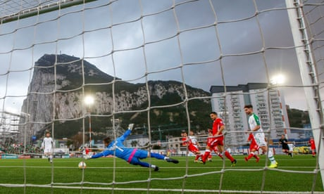 Jeff Hendrick gives Republic of Ireland narrow win over stubborn Gibraltar