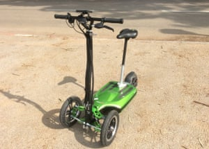 Smart folding scooter for urban travel