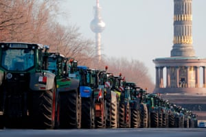 Tractors converge on Berlin to demonstrate against the German government's agricultural policy