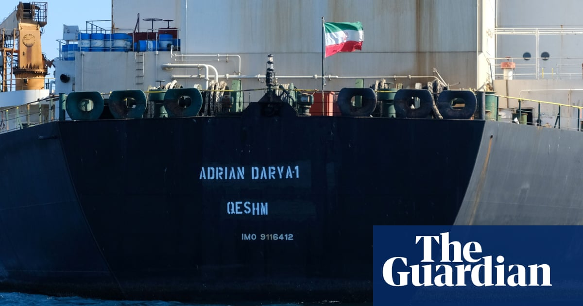 US blacklists Iranian tanker Mike Pompeo says is heading to