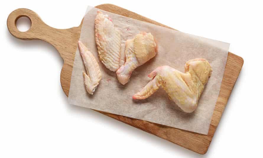 Felicity Cloake's fried chicken (wings)