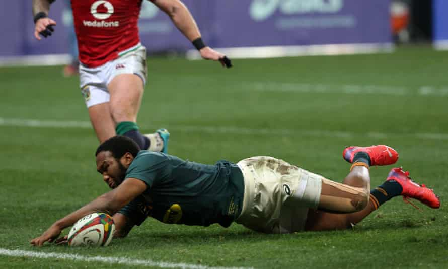 South Africa's Lukhanyo Am touches down for his try against the British & Irish Lions.