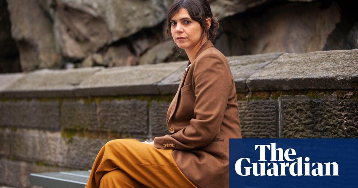 Valeria Luiselli wins €100,000 Dublin literary award for Lost Children Archive