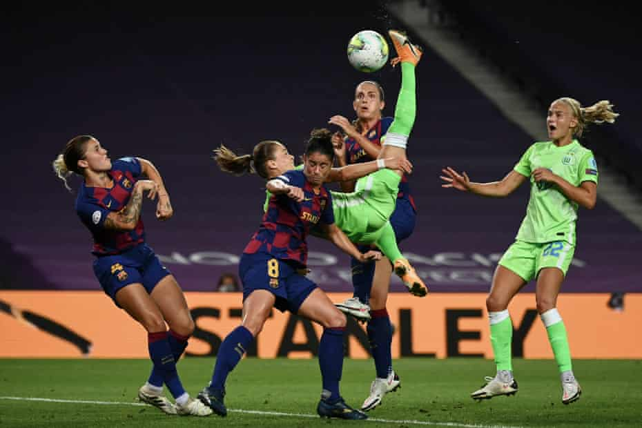 Wolfsburg's Ewa Pajor attempts a bicycle kick during the Women's Champions League semi-final against Barcelona at the Anoeta stadium in San Sebastian on 25 August.