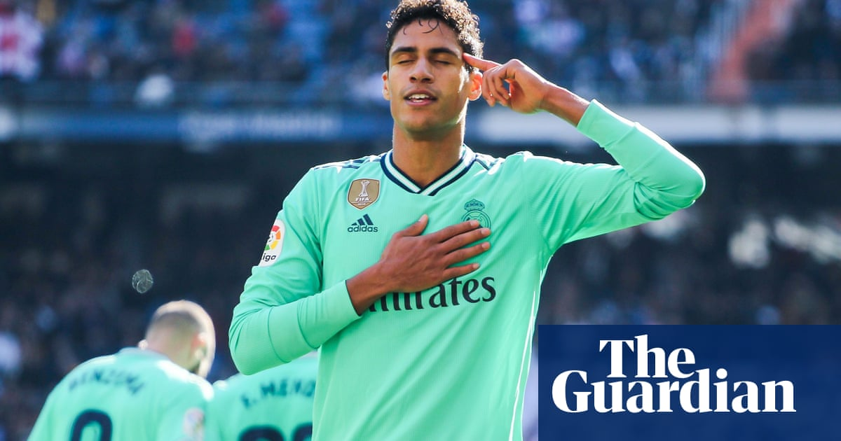 Manchester United in final negotiations to sign Raphaël Varane for around £40m