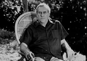 Novelist Patrick White at his Centennial Park home, October 19, 1973.