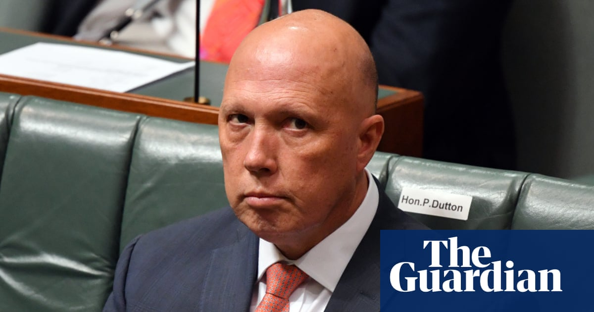 Minor deported to New Zealand under Australian program Peter Dutton described as 'taking the trash out'
