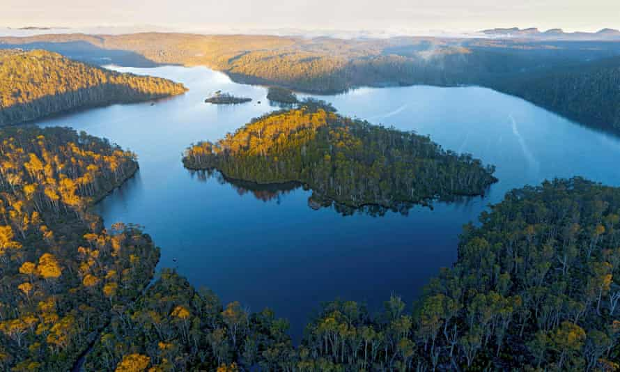 Halls Island on Lake Malbena in Walls of Jerusalem National Park, Tasmania, Australia