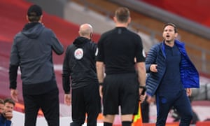 Chelsea's manager Frank Lampard (right) argues with his Liverpool counterpart Jürgen Klopp on Wednesday.