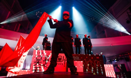 Kommilitonen! by WNO Youth Opera