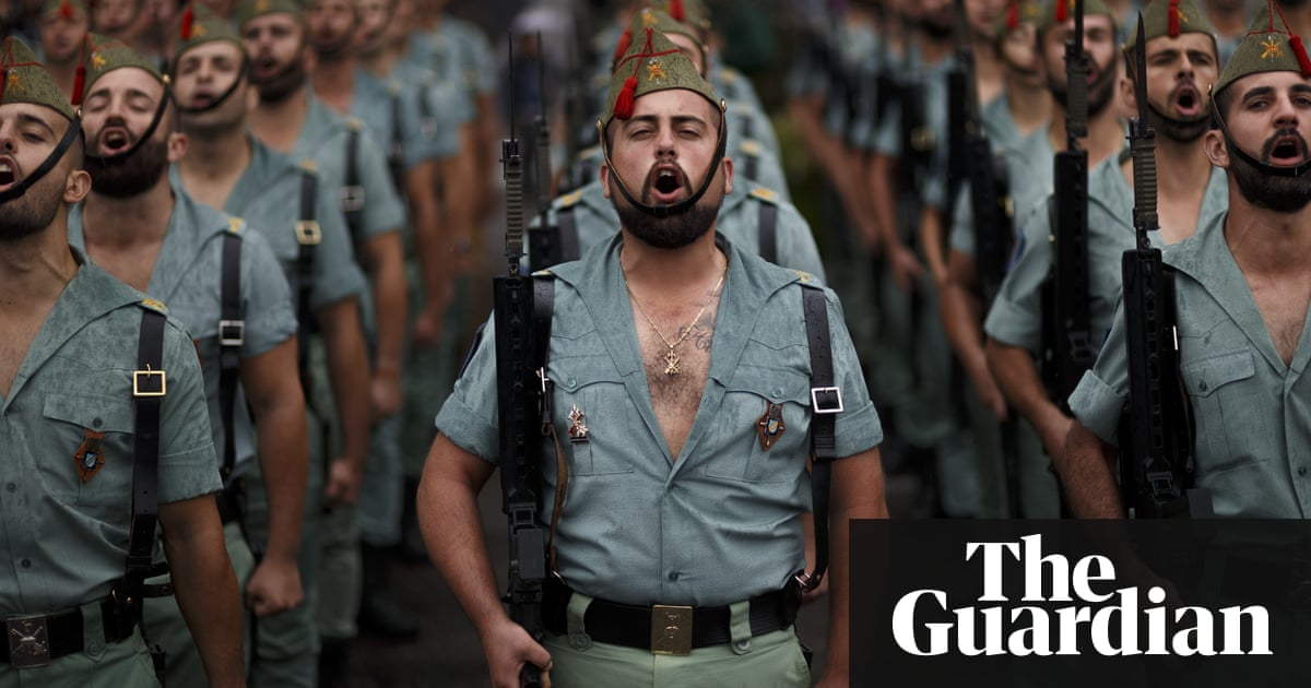 Spain's military in row over flags at half mast for Easter – Trending Stuff