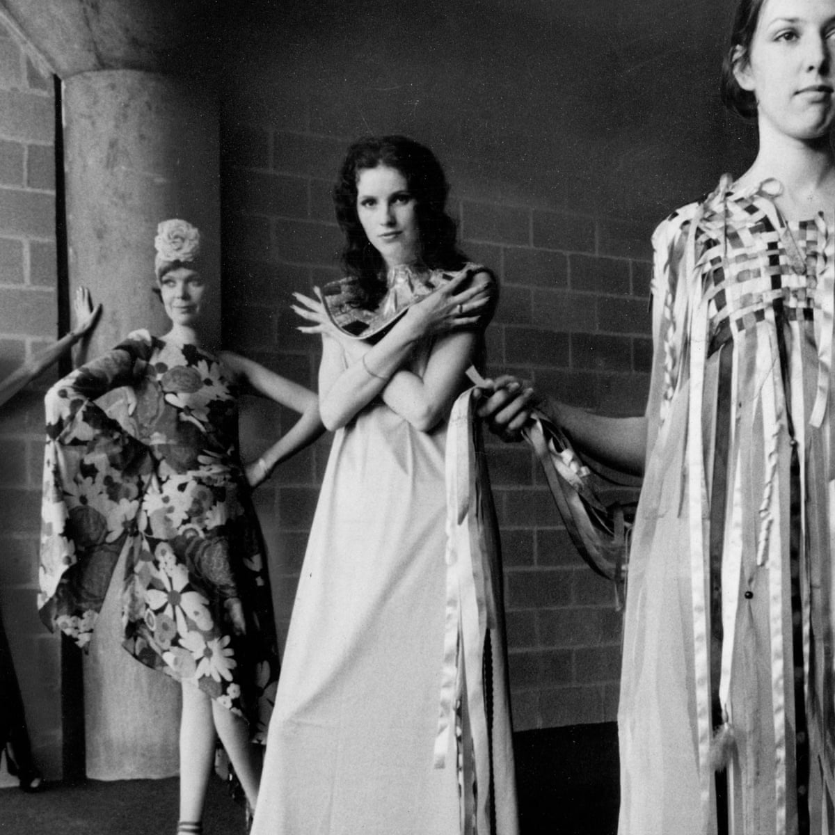 Clothes Relevant To Modern Daytime Living Needed Not Neo Renaissance Dresses Archive 12 January 1971 Fashion The Guardian