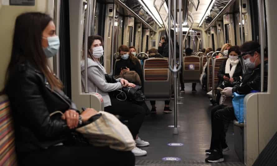 Passengers on the Paris metro