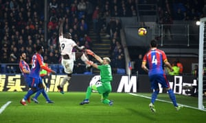 Romelu Lukaku pounces to fire home his second at Selhurst Park.