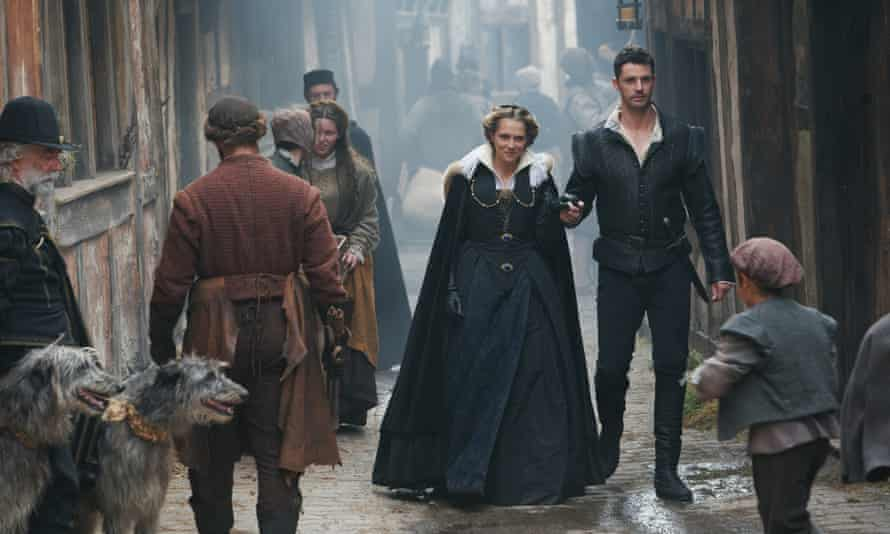 Teresa Palmer and Matthew Goode in A Discovery of Witches.