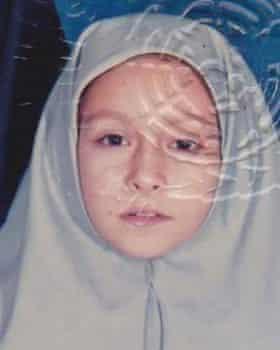 Dina Nayeri aged six.