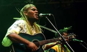 Melanesian kaneka folk-pop ensemble OK Ryos!