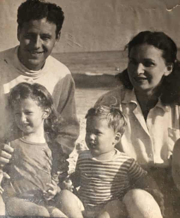 Morrie and Betty with their children, Judith and Steven.