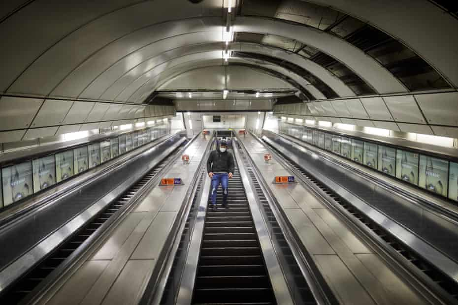 Normally crowded with City workers, Bank underground is now a ghost station