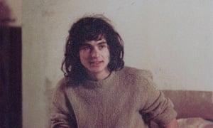 carlo rovelli as a young man