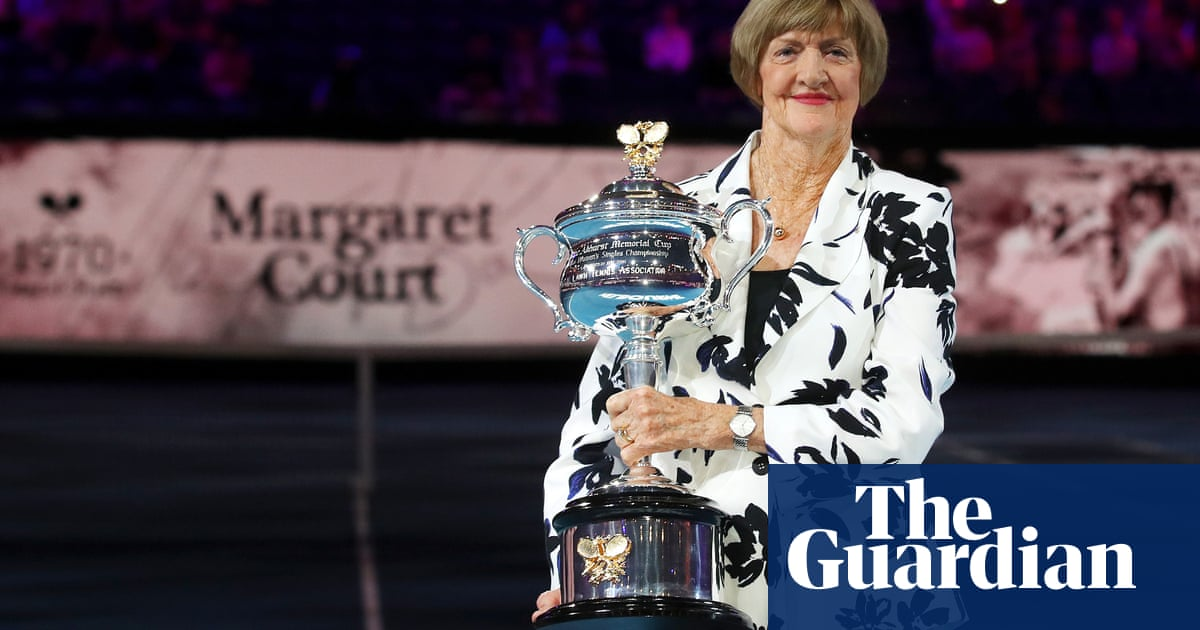 Andy Murray backs calls to remove Margaret Courts name from tennis arena