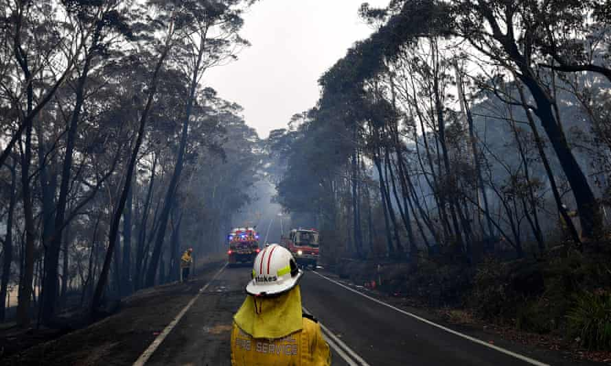Firefighters monitor bushfires on the NSW south coast, 18 December 2019