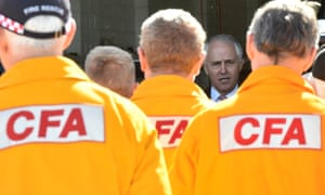 Malcolm Turnbull and Country Fire Authority volunteers